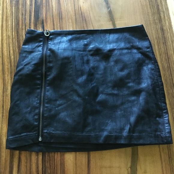 Forever 21 Dresses & Skirts - Pleather mini skirt